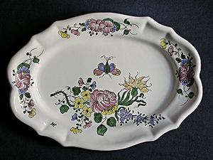 Plat ovale Samadet T3 rose oeillet et papillon