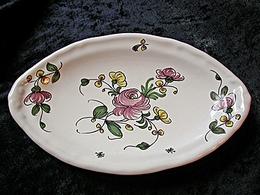 Petit plat ovale à la rose