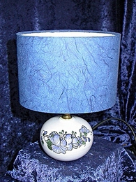 A/ T00  Lampe Roses bleues
