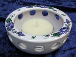 Photophore ajouré décor à la Rose bleue de Samadet