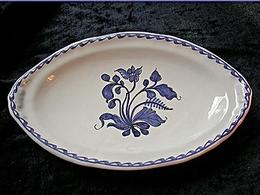 Petit plat ovale décor camaieu bleu